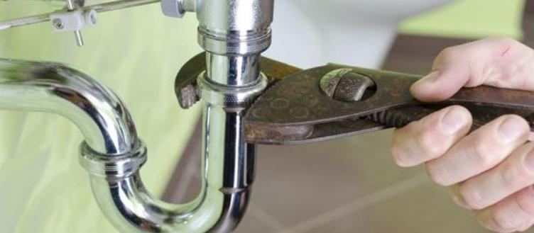 AnEasyDI PlumbingFix - An Easy DIY Plumbing Fix: Cleaning Your P-trap